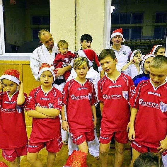 Sportowy Mikołaj u karateków