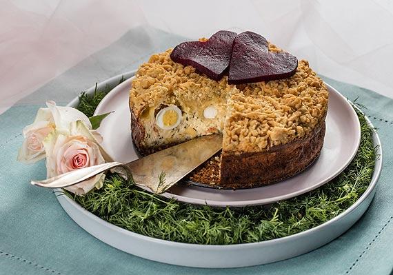 Wytrawne Walentynki: Przepis na oryginalny sernik na słono z łososiem
