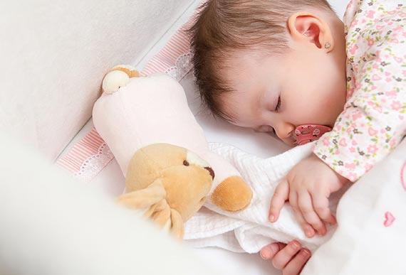 Bezpieczny start, czyli lista zakupów przyszłych rodziców