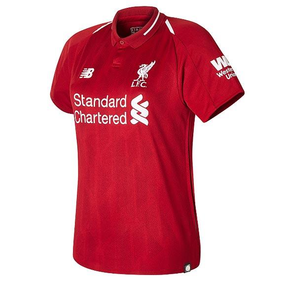 Angielski klub piłkarski Liverpool FC prezentuje najnowsze stroje meczowe na sezon 2018/2019