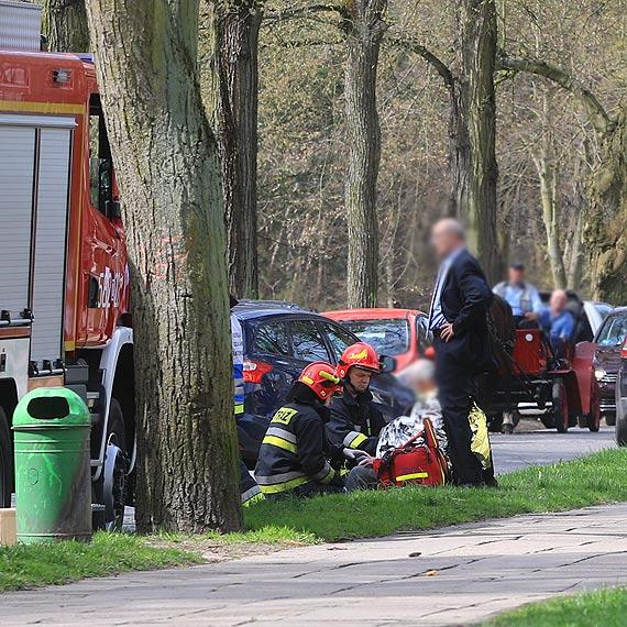 Po raz kolejny strażacy byli pierwsi. Z braku karetki, ruszyli na pomoc starszemu mężczyźnie