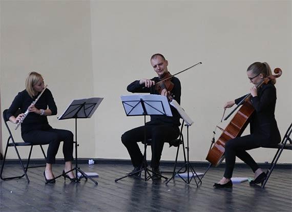 Trio Con Fetti zaczarowało deszcz