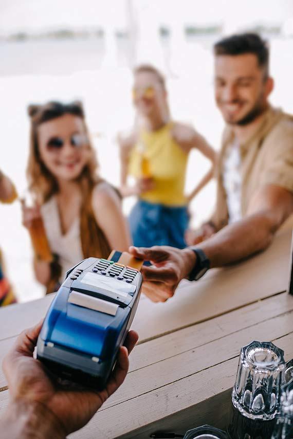 Polska Bezgotówkowa wspiera przedsiębiorców z branży turystycznej