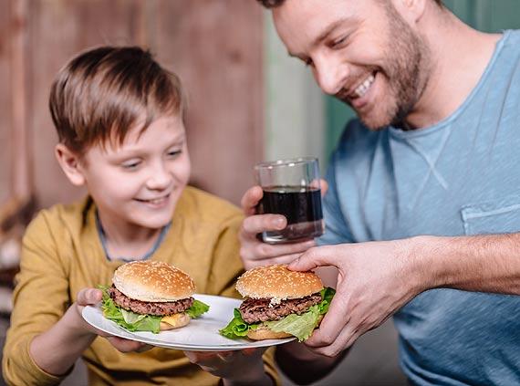 Nadwaga i otyłość wśród dzieci i młodzieży – jakie jest źródło problemu?
