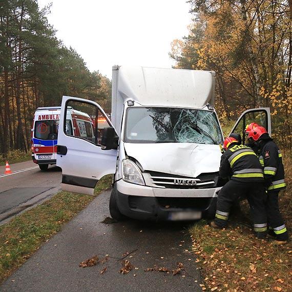Bardzo poważny wypadek na Karsiborskiej - rowerzysta został uderzony przez samochód dostawczy
