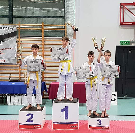 Karatecy z medalami!