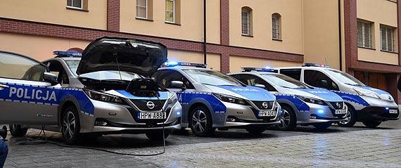 Pierwsze w Polsce elektryczne radiowozy dla Policji - kupione przy wsparciu WFOŚiGW w Szczecinie