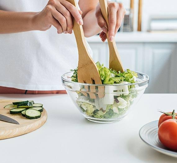 Zielono mi, czyli 5 zalet jedzenia sałaty