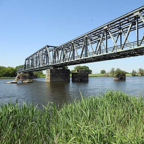 Most w Siekierkach otworzy się na rowerowych turystów - partnerzy z Polski i Niemiec przystępują do projektu