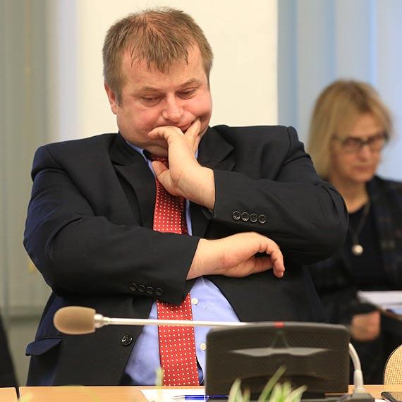 Radny Jurkiewicz pyta: Co z planem naprawczym szpitala mającym na celu zabezpieczenie kontraktu?
