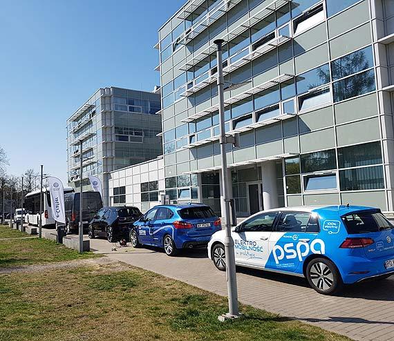 Warszawa stawia na elektromobilność