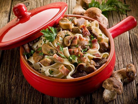 Jesienna uczta: trzy pomysły na obiad z aromatycznymi grzybami