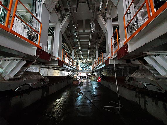 Montaż maszyny TBM do drążenia tunelu w Świnoujściu mocno zaawansowany