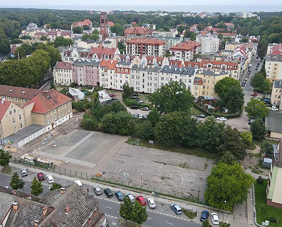 Parkingi na Piastowskiej i Kołłątaja pod znakiem zapytania